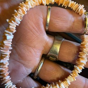 Beautiful Shell bracelet